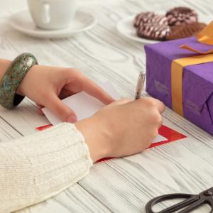 Ako napísať prianie k narodeninám?